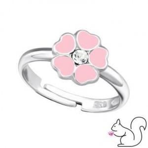 Rózsaszín virágos gyűrű